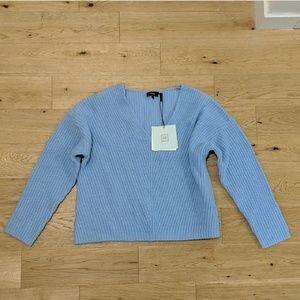 NWT Blue Theory Sweater
